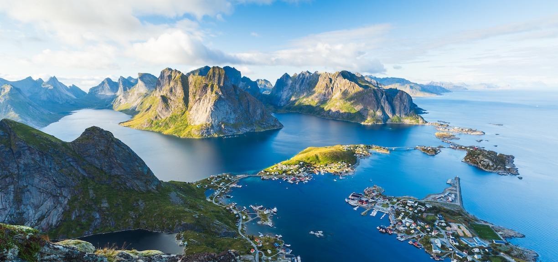 firmatur til lofoten fjell og dype fjorder