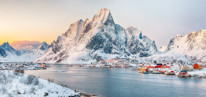 firmatur til nord norge landskap av reine